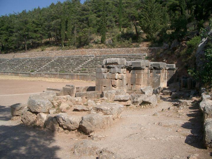Delphi_-_2500_Jahre_altes_Leichtathletik-Stadion